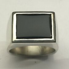MJG STERLING SILVER MEN'S RING. PLAIN SIDES. 16 X 12mm BLACK ONYX. SIZE 10