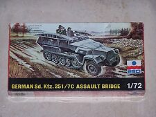 Maquette ESCI 1/72ème GERMAN Sd. Kfz. 251/7C ASSAULT BRIDGE n° 8066