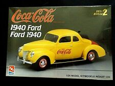 Model Kit 1940 Ford AMT 1:25 with Optional Coca Cola Graphics