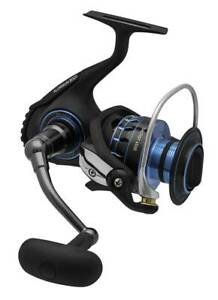 Daiwa Saltist 2000 Spinning Fishing Reel