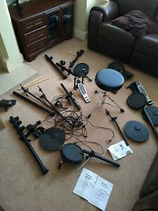 Alesis NITRO Kit Electronic Drum Set With 8 Inch Snare Toms and 10 Inch Cymbals