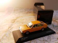 MINICHAMPS VW PASSAT 1975 YELLOW ART. 400054200  NEW DIE-CAST