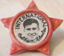 MANCHESTER UNITED Player 1956-1973 BOBBY CHARLTON Rare star badge 34mm x 32mm