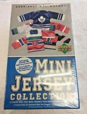 Upper Deck 2006-2007 NHL HOCKEY Mini Jersey Collection (3 Card + 1 Mini Jersey)