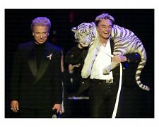 Roy Horn With White Tiger On His Shoulder / Archival Magicians Photo Reprint