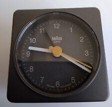 Sveglia Quarzo BRAUN Grigio Design Alarme Crescendo BNC002GYGY Modello Expo