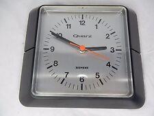 Bella 70´s design Siemens Quartz Orologio da Parete Wall Clock working condition MU 3700