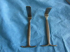 Right angle surgical retractors, set of 2,  Excellent condition, 1 yr warranty!