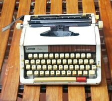 Vintage BROTHER Lemair Deluxe 1510 manual Typewriter w/Case