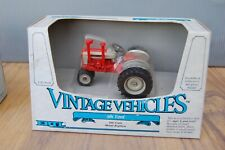 Ertl Vintage Vehicles 981 Ford Tractor 1.43 Unopened in box