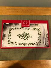 """LENOX-""""HOLIDAY"""" GLASS CHEESE BOARD/KNIFE-NEW IN BOX WITH TAGS"""
