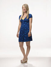 Kaley Cuoco 8X10 pretty blue dress