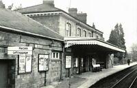 PHOTO  ABERGAVENNY RAILWAY STATION  04/75
