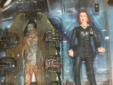McFarlane Toys: la figura de acción de X-Files Dana Scully (agente del FBI en traje) 16 de febrero