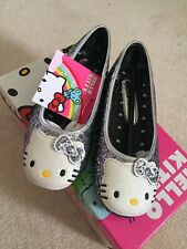 Hello Kitty Sparkle Dress Shoes For Girls (size 11)