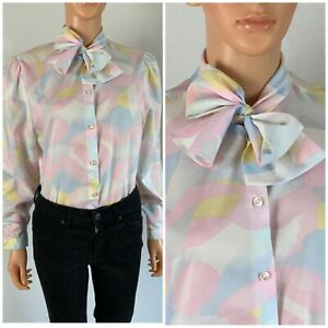 1970s Vintage Short Sleeve Abstract Print Pussy Bow Blouse  Women/'s Shirt  Women/'s Vintage Blouse  Silk and Polyester Mix Blouse
