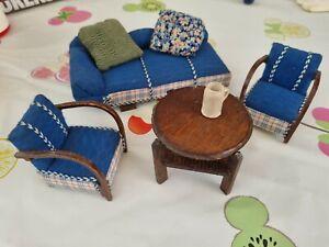 Sofa Chaiselongue um 1900 Tisch Puppenstube Puppenhaus Krug Sessel Holz Möbel