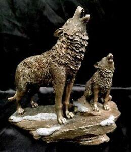 Veronese Wolf - parent & cub Figurine Statue