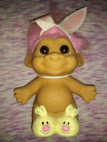 """Vintage Russ Troll Doll Yellow Bunny Slipper Pink Hair 5"""" Figure Toy Collectible"""