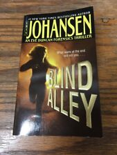 Eve Duncan: Blind Alley by Iris Johansen (2004)