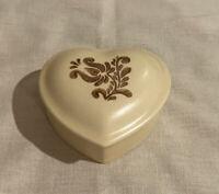 Pfaltzgraff VILLAGE Lidded Heart Trinket Box Brown & Cream Stoneware MINT! USA!