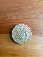 GB Reino Unido 1983 £ 1 Una Libra Moneda QEII decimal Royal brazos buena CIRCULADO
