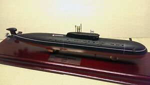 Submarine finished model of SSN Sierra-II class (USSR/Russia) 1/350 scale