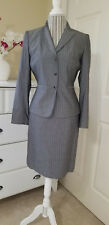 Tahari Arthur S. Levine Womens 2 pc. Skirt & Blazer Suit Gray Pinstriped Sz.6P