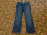 WRANGLER Women's Cash 9/10 33x32 Cowgirl Boot Cut 100% Cotton Denim Jeans