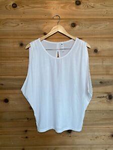 Fabletics White Yoga Shirt Lot Of 2 Size Medium