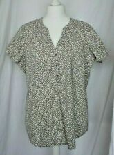 Top brown white ditsy flowers buttons open neck size 22 BNWOT