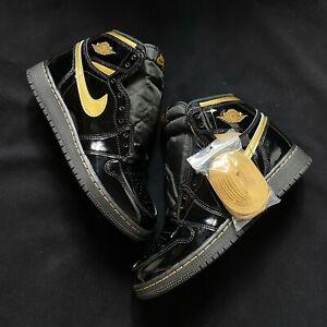 Air Jordan 1 Retro High Black Metallic Gold [555088-032]