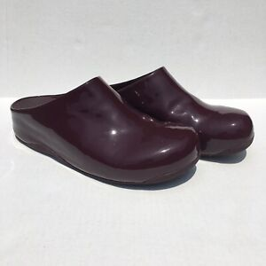 FitFlop Women's Shuv Patent Slip On Clogs Red Size 10