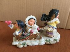 friends of the feather figurines: Miles of Smiles�