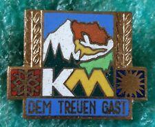 KM GERMAN CLIMBING MOUNTING OLD PIN BADGE
