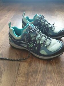 Ladies Salomon Walking Shoes Size 6.5