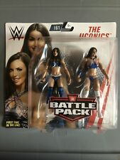 WWE The IIconics Battle Pack Series #61 Action Figures