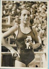 PHOTO PRESSE KEYSTONE + 1936 + Record de France 800 m nage libre : Mlle FLEURET