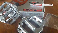 "DMR V8 Pedals (NEW) 9/16"" Mountain Bike BMX  (POLISHED SILVER) + DMR Sticker"