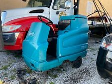 Tennant 7100 - Ride On Sweeper - No Reserve
