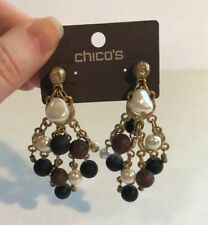 CHICO'S FAUX WHITE PEARL & WOOD BEADS CLUSTER DANGLE EARRINGS GOLD TONE