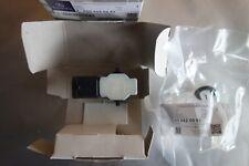 original Mercedes W246 PDC PTS Sensor Parksensor Abstandssensor A0009050242 NEU