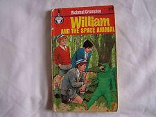 Richmal Crompton WILLIAM AND THE SPACE ANIMAL Paul Hamlyn 1967 P/B 2/6