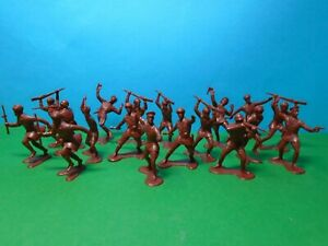 Marx 1/32 scale WWII Russian Infantry x18 (reddish brown)