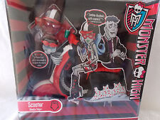 Monster High  Scooter  Ghoulia Yelps  Set