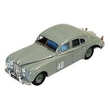 JAGUAR MKVII #40 STIRLING MOSS WINNER SILVERSTONE TOURING CAR 1953 IXO RAC238