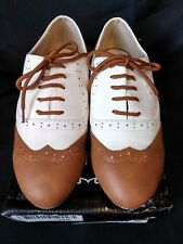 Ollio Womens Shoe Classic Lace Up Dress Low Flat Heel Oxford US 7 Brown/Wht NEW