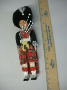 VINTAGE DOLL SCOTLAND PIPER PLAID CLOTH UNIFORM IN ORIGINAL PACKAGE 8 INCH SIZE