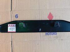 Placa matrícula -- MR349560 -- Bracket FR license.