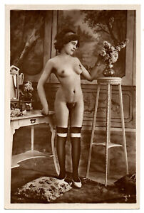 Original Old French PHOTO Postcard nude voluptuous beauty girl Miss FERNANDE